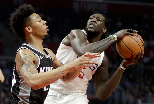 Subs Montrezl Harrell, Lou Williams power Clippers to big victory over Kings