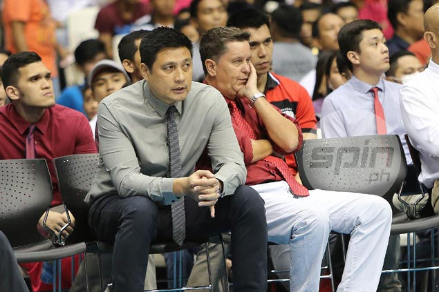 Tim Cone eyed for consultant role as del Rosario set for La Salle job after Ayo exit