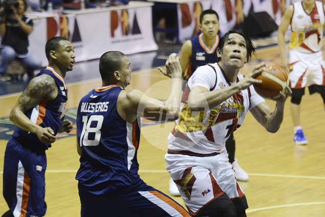 San Miguel turns to Fajardo, Cabagnot in holding off late Meralco fightback