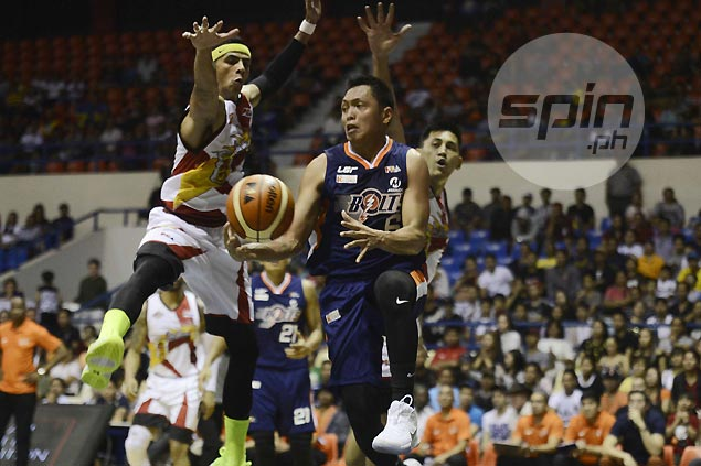 Mike Tolomia holds head high even as gallant Meralco stand falls short against SMB