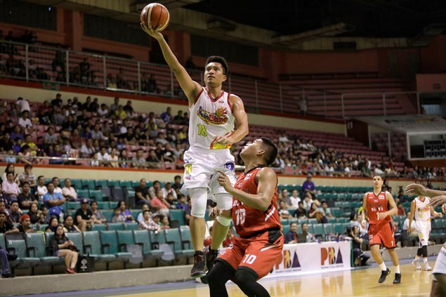 No holiday binge for James Yap during break as he aims to snap out of scoring slump