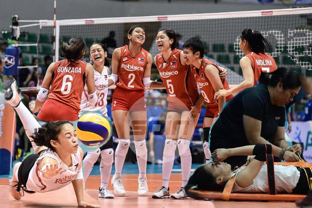 PH team progress, Macandili's rise, horror injuries banner eventful 2017 for women's volleyball