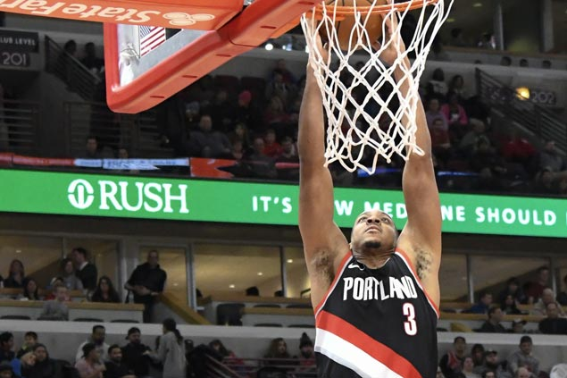 CJ McCollum leads Blazers to overtime victory as Bulls blow late lead again