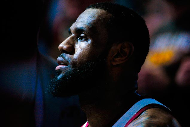 LeBron James joins celebrities Diddy, The Weeknd in blasting H&M over racist hoodie ad