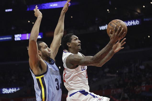 Lou Williams leads way as Clippers hold off late Grizzlies rally for fourth straight win