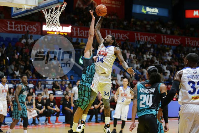 Balkman, Brownlee pump life into Alab Pilipinas game in solid debut against Dragons