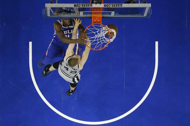 Joel Embiid plays despite injury and Sixers end long run of futility against Spurs