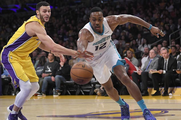 Hornets cruise to easy win as Lakers suffer ninth straight loss despite Lonzo Ball return