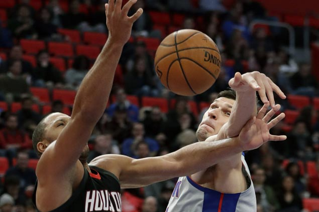 Pistons hold off Harden-less Rockets to post another win against leading NBA teams