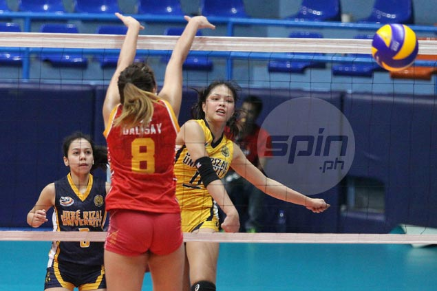 Shola Alvarez takes charge as JRU overcomes shorthanded SSC in five sets