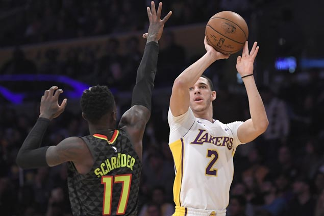 Lakers regain shooting touch, defensive teeth in romp over Hawks to snap nine-game slump