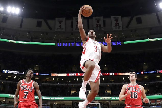 Rockets squander huge lead but hold on to beat Bulls and snap two-game skid