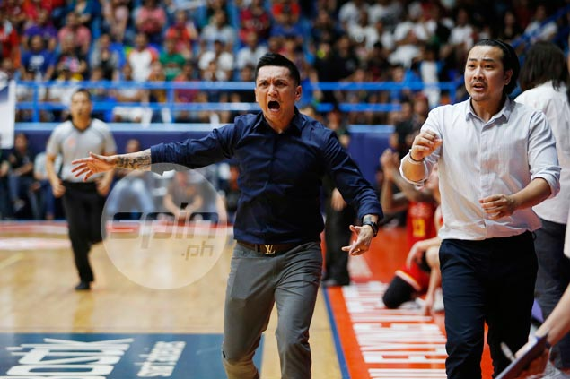 Alapag furious over 'really bad call,' but refuses to blame refs for Alab defeat