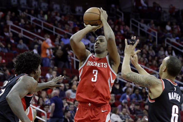 Chris Paul comes up clutch, scores season-high 37 as Rockets foil late Blazers rally