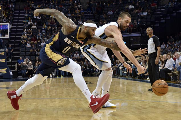 Grizzlies turn to defense to hold off Pelicans and break two-game skid
