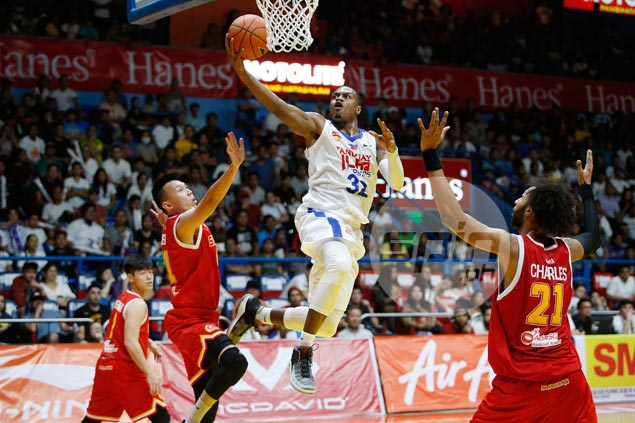 Justin Brownlee refuses to dwell on controversial non-calls, vows Alab will get better