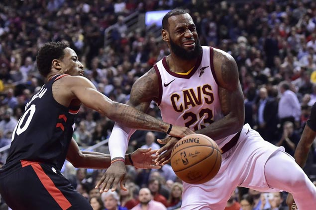 LeBron James struggling for answers behind 'tore up' Cavs' string of embarrassing losses