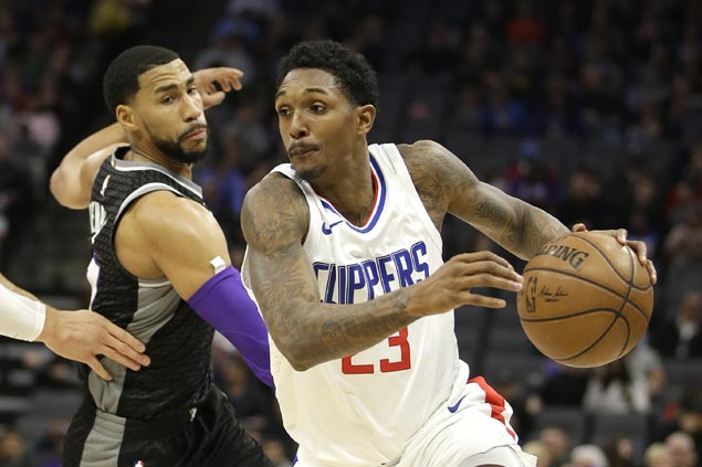 Lou Williams sustains sizzling scoring run as Clippers overcome late wobble to edge Kings