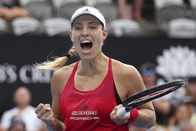 Angelique Kerber extends unbeaten start to season to nine matches, rules Sydney Int'l