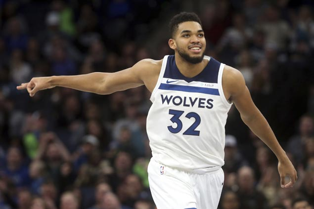 KAT falls just short of a triple double as Wolves rally to beat Knicks and stretch streak to four