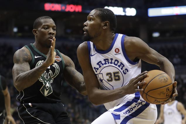 Kevin Durant takes over in late fourth quarter run to put away Bucks as Warriors get back on track