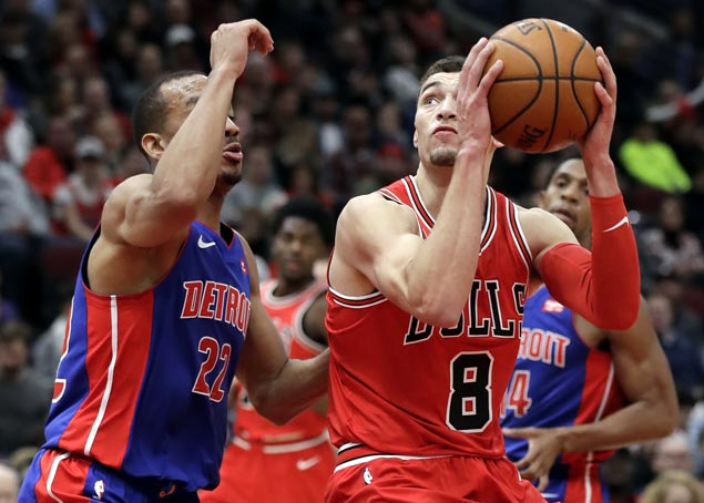 Zach LaVine makes immediate impact in first game in 11 months as Bulls edge Pistons