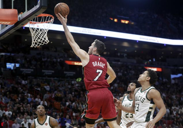 Goran Dragic, Josh Richardson show way as Heat stretch streak to seven with rout of Bucks