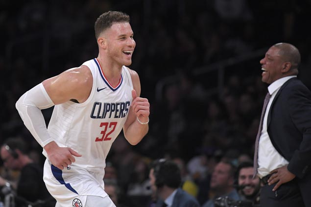 Clippers bench mob draws praise for staying in playoff race despite season filled with injuries