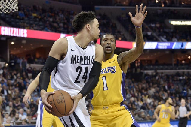 Rookie Dillon Brooks leads balanced Grizzlies offense in win over Lakers sans Ball, Ingram