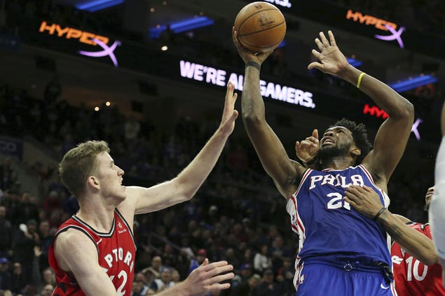 Sixers prevent endgame collapse this time, hold on to beat Raptors