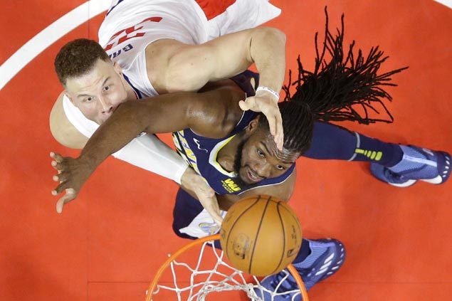 Clippers stage late rally then hang on to beat Nuggets for season-high sixth straight win