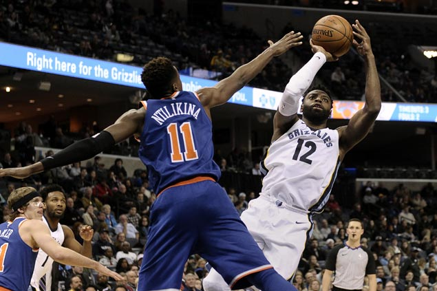 Tyreke Evans comes up clutch as Grizzlies missing Marc Gasol edge Knicks for second straight win