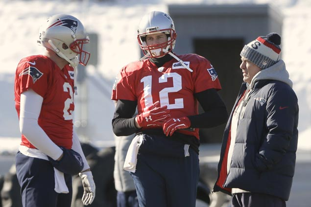 Tom Brady skips practice with hand injury as speculations abound on Patriots star's health
