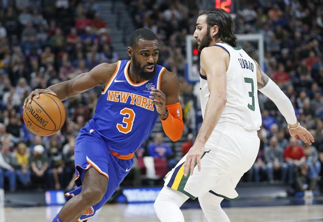 Tim Hardaway comes up huge in fourth as Knicks defeat Jazz