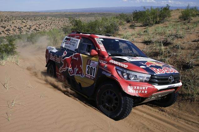 Nasser Al-Attiyah wins penultimate stage as Carlos Sainz extends overall lead