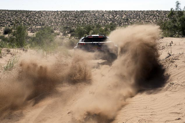 Carlos Sainz bags second Dakar Rally title after easing to ninth spot in final stage