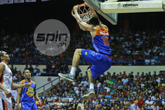 Troy Rosario on fire as TNT KaTropa heaps more misery on shorthanded Meralco