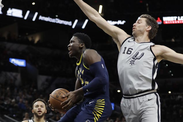 Pacers arrest two-game slide and snap Spurs' home win streak at 14