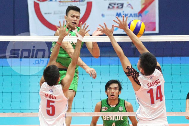 CSB fights back from two sets down to shock EAC in NCAA men's volleyball