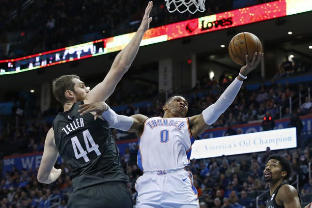 Russell Westbrook layup caps Thunder rally from 15 down to beat Nets