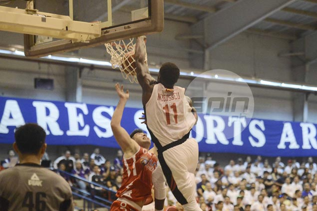Mike Nzeusseu says he meant no disrespect with dunk on Andre Paras