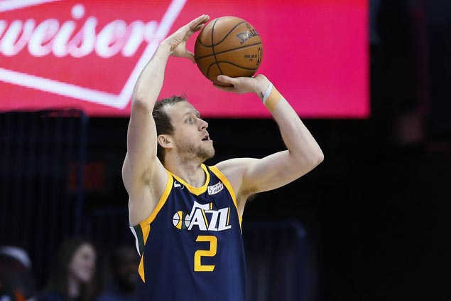 Joe Ingles nails equalizer in regulation then hits two triples in overtime as Jazz edge Pistons