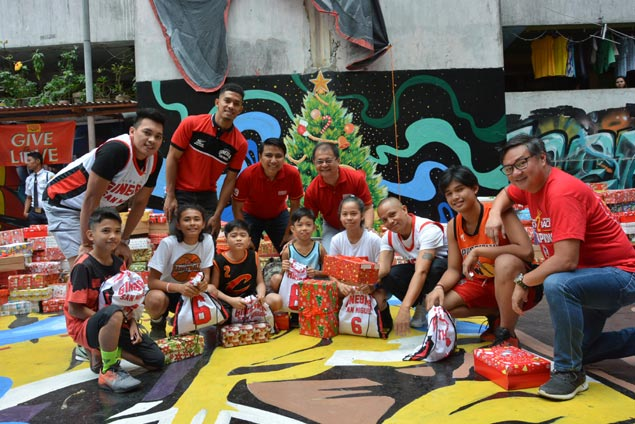 Ginebra holds three gift-giving events to bring cheer to Taguig, Cebu, Davao residents