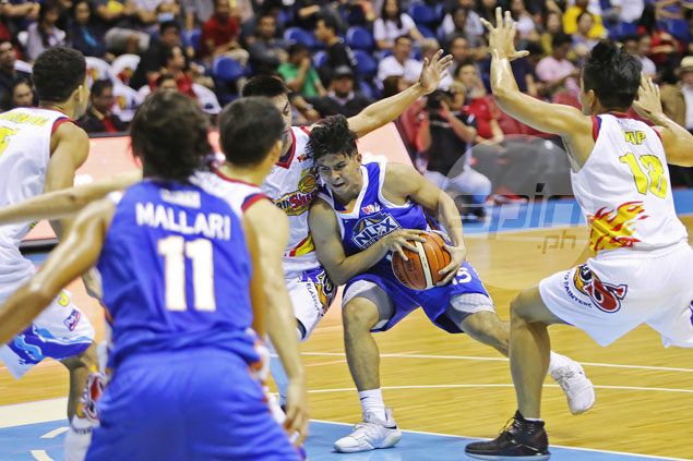 Kiefer Ravena worried about NLEX free fall: 'Palalim ng palalim ang hukay'