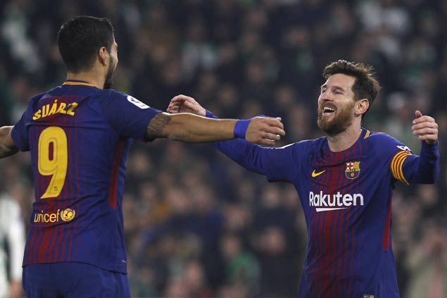 Lionel Messi, Luis Suarez lift Barcelona over Espanyol and into Copa semis
