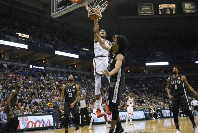 Back after sitting out two games, Giannis Antetokounmpo scores 41 points as Bucks rip Nets
