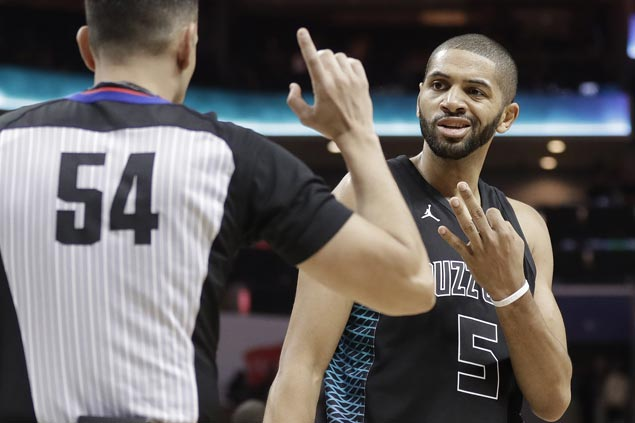 Hornets survive tough challenge from bottom team Hawks to get back on track