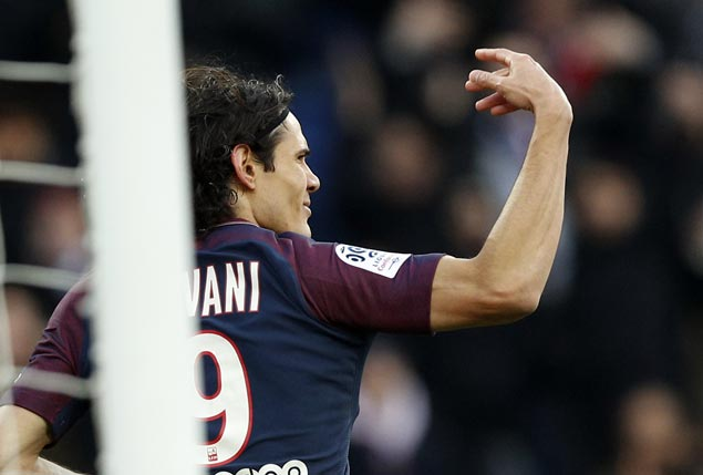 Edinson Cavani passes Zlatan Ibrahimovic as PSG all-time top scorer with 157 goals