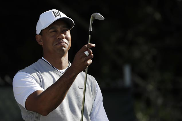 Erratic Tiger Woods grinds out two-under card in first weekend round in 29 months