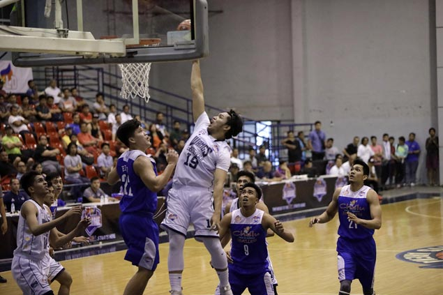 Couriers rally from 19 points down to beat Revellers for second straight win